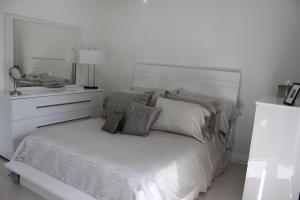 Property for sale at 167 Ellesmere C Unit: 167, Deerfield Beach,  FL 33442