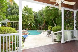 Additional photo for property listing at 707 Seasage Drive 707 Seasage Drive Delray Beach, Florida 33483 United States