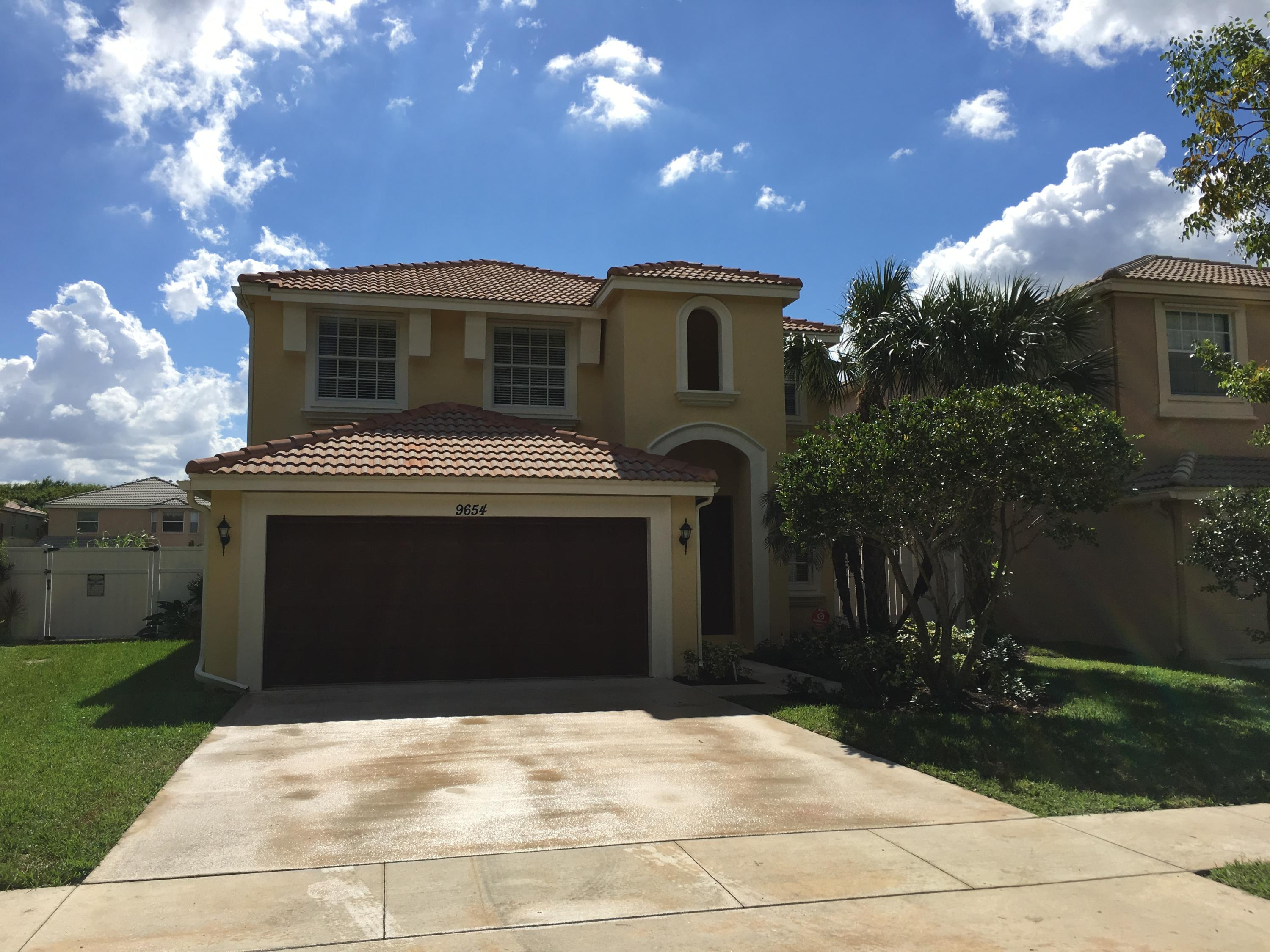 9654 Wolcott Place Wellington, FL 33414