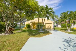 Property for sale at 8443 Garden Gate Place, Boca Raton,  FL 33433