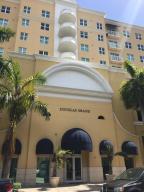 Appartement en copropriété pour l à louer à 50 Menores Avenue Coral Gables, Florida 33134 États-Unis