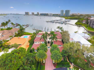 Single Family Home for Sale at 1977 Portage Landing(s) North Palm Beach, Florida 33408 United States