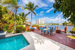 تاون هاوس للـ Sale في 628 SE 5th Street 628 SE 5th Street Delray Beach, Florida 33483 United States