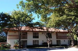 شقة بعمارة للـ Rent في PGA NATIONAL, 529 Brackenwood Place 529 Brackenwood Place Palm Beach Gardens, Florida 33418 United States
