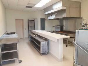 Additional photo for property listing at 2500 Wilton Drive 2500 Wilton Drive Wilton Manors, Florida 33305 États-Unis