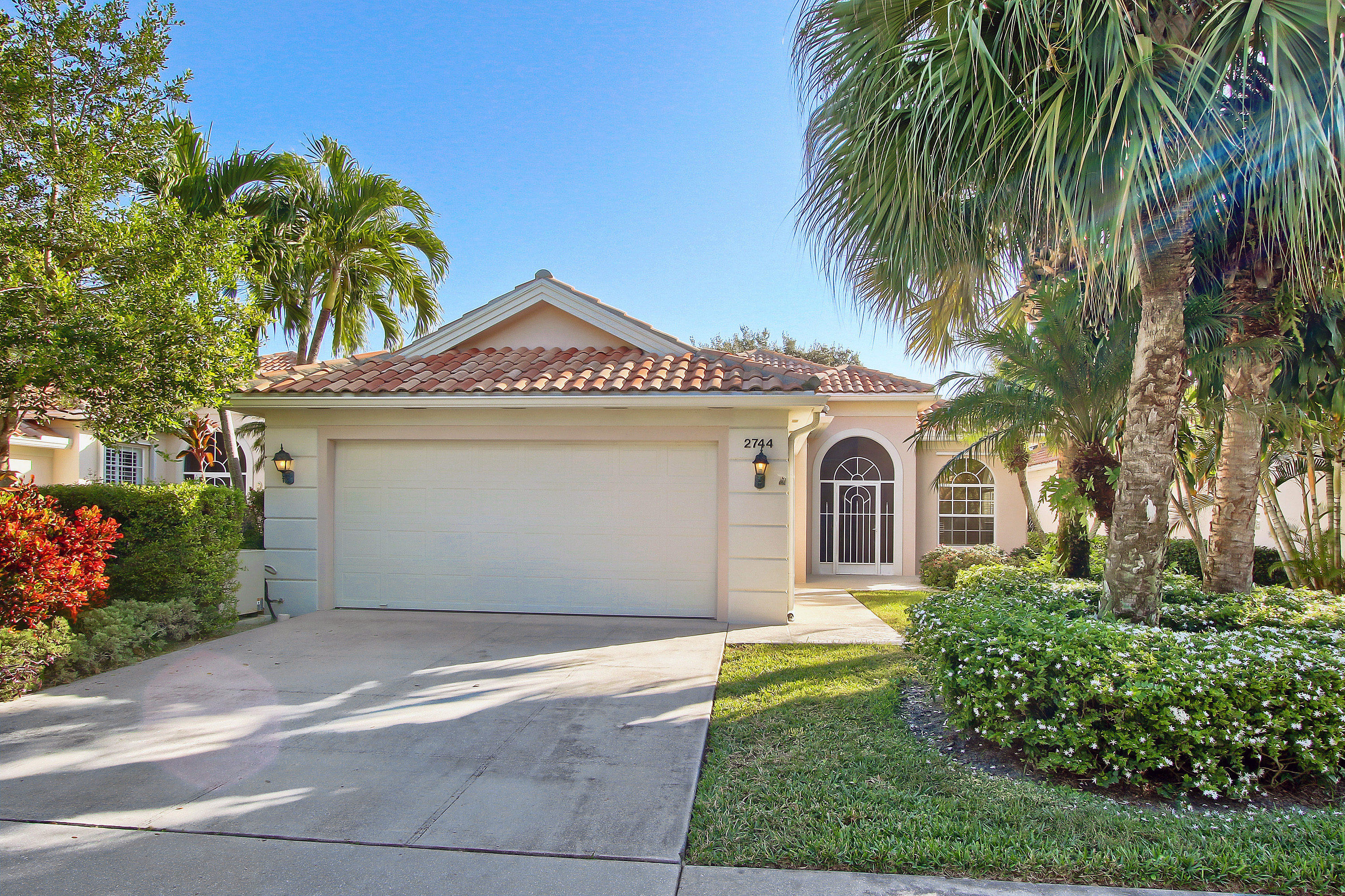 2744 Muskegon Way West Palm Beach, FL 33411
