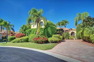 Property for sale at 10726 Greenbriar Villa Drive, Wellington,  FL 33449