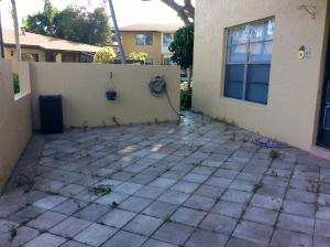 Additional photo for property listing at Palm Greens  Delray Beach, Florida 33484 United States