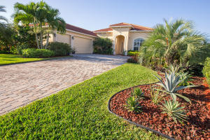 Single Family Home for Sale at 24 SE Ethan Terrace 24 SE Ethan Terrace Stuart, Florida 34997 United States