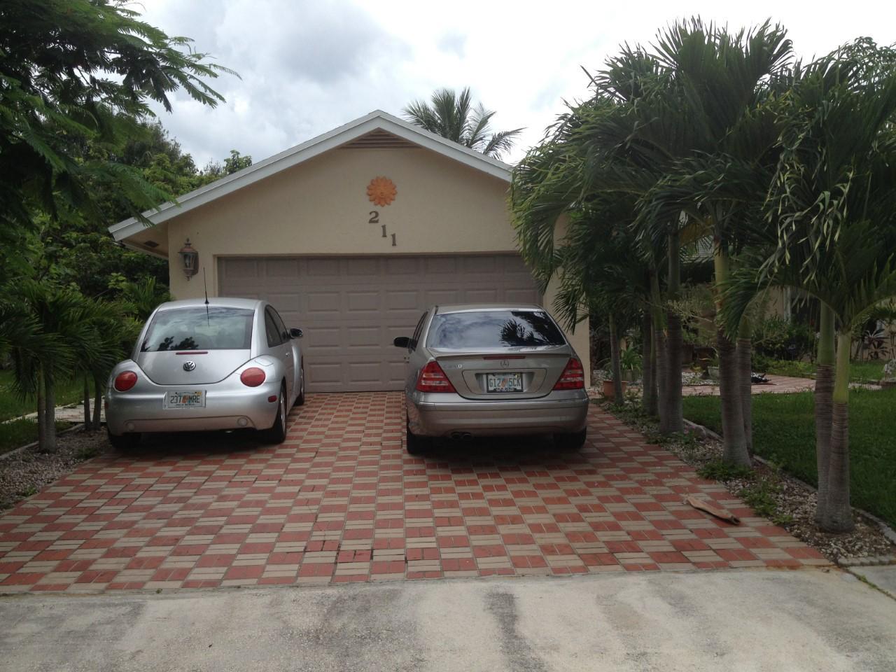 211 Las Palmas Street Royal Palm Beach, FL 33411