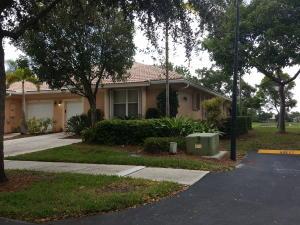 Casa para uma família para Locação às Coral Trace, 2533 S Coral Trace Circle 2533 S Coral Trace Circle Delray Beach, Florida 33445 Estados Unidos