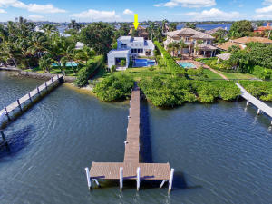 Single Family Home for Sale at 1126 N Atlantic Drive Lantana, Florida 33462 United States