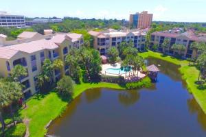 Appartement en copropriété pour l à louer à OCEAN TRACE, 300 Uno Lago Drive 300 Uno Lago Drive Juno Beach, Florida 33408 États-Unis