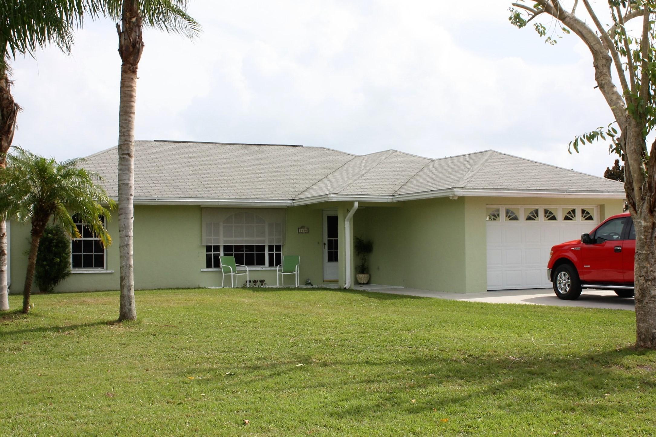 Home for sale in Lazy 7 Estates Okeechobee Florida