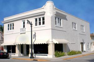 Commercial for Sale at 189 Bradley Place 189 Bradley Place Palm Beach, Florida 33480 United States