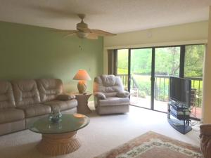 Additional photo for property listing at 2203 Fairway Drive 2203 Fairway Drive Jupiter, Florida 33477 États-Unis