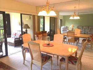 Additional photo for property listing at 2203 Fairway Drive 2203 Fairway Drive Jupiter, Florida 33477 Estados Unidos