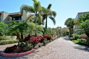 Townhouse for Sale at 170 Celestial Way 170 Celestial Way Juno Beach, Florida 33408 United States
