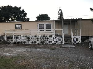 Single Family Home for Rent at 1124 NE 29th Street Belle Glade, Florida 33430 United States