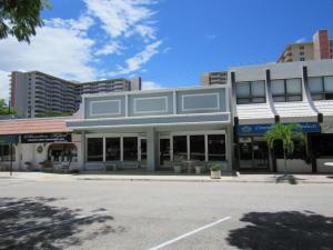 Commercial pour l Vente à 3309 NE 33 Street 3309 NE 33 Street Fort Lauderdale, Florida 33308 États-Unis