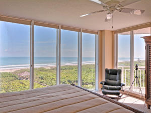 Condomínio para Venda às 3000 N A1a 3000 N A1a Fort Pierce, Florida 34949 Estados Unidos