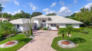 Property for sale at 17 Sutton Drive, Boynton Beach,  FL 33436