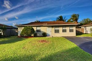 Single Family Home for Rent at 8241 SW 7 Street 8241 SW 7 Street North Lauderdale, Florida 33068 United States