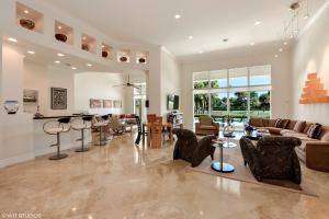 Casa para uma família para Venda às 16672 Ironwood Drive 16672 Ironwood Drive Delray Beach, Florida 33445 Estados Unidos