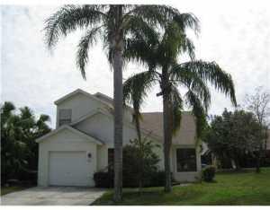 Casa para uma família para Locação às 87 Magnolia Circle 87 Magnolia Circle Boynton Beach, Florida 33436 Estados Unidos