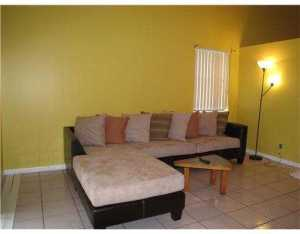 Additional photo for property listing at 87 Magnolia Circle 87 Magnolia Circle Boynton Beach, Florida 33436 Estados Unidos
