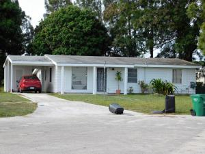 Multi-Family Home for Sale at 103 Englewood Road Port St. Lucie, Florida 34983 United States