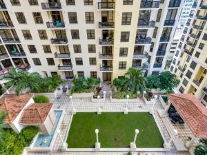 Two City Plaza Condo