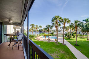 Condominium for Sale at 611 SE 7th Street Delray Beach, Florida 33483 United States