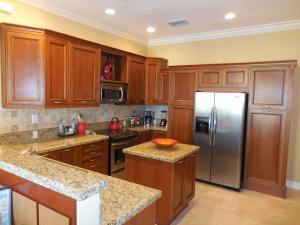 联栋屋 为 出租 在 150 NE 6th Avenue 150 NE 6th Avenue 德尔雷比奇海滩, 佛罗里达州 33483 美国