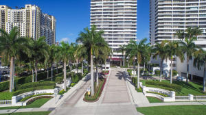 Trump Plaza Of The Palm Beaches Condo