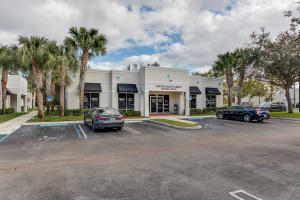 Comercial por un Venta en 1402 Royal Palm Beach Boulevard Royal Palm Beach, Florida 33411 Estados Unidos