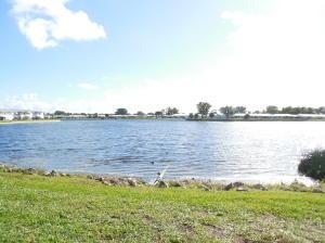 Leisureville Lake Condo