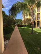 Condomínio para Locação às 250 NE 20th Street 250 NE 20th Street Boca Raton, Florida 33431 Estados Unidos