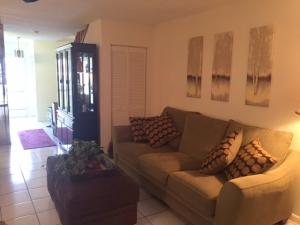 Additional photo for property listing at 2641 Gately Drive 2641 Gately Drive West Palm Beach, Florida 33415 United States