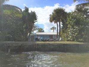 Single Family Home for Rent at 2423 NE Gardner Terrace 2423 NE Gardner Terrace Jensen Beach, Florida 34957 United States