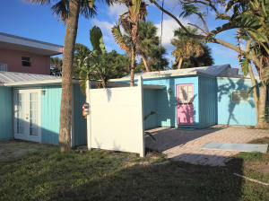 Additional photo for property listing at 2423 NE Gardner Terrace 2423 NE Gardner Terrace Jensen Beach, Florida 34957 United States