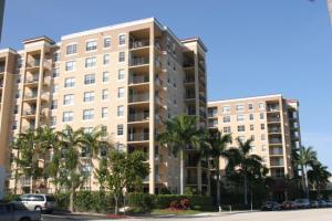 Flagler Pointe Condominium