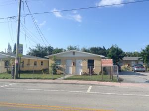 Commercial for Sale at 320 SE Martin Luther King Jr Boulevard Stuart, Florida 34994 United States