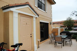Additional photo for property listing at 390 Prestwick Circle 390 Prestwick Circle Palm Beach Gardens, Florida 33418 United States