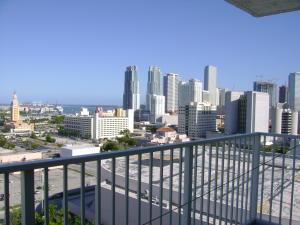 Condominio por un Alquiler en the madison, 850 N Miami Avenue 850 N Miami Avenue Miami, Florida 33136 Estados Unidos