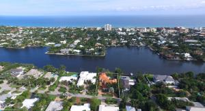Single Family Home for Sale at 209 Palm Trail Delray Beach, Florida 33483 United States