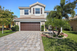 Property for sale at 8147 Cantabria Falls Drive, Boynton Beach,  FL 33473