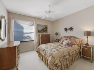 7836 FAIRWAY LANE, WEST PALM BEACH, FL 33412  Photo