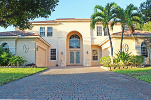 Single Family Home for Sale at 11823 NW 11th Place Coral Springs, Florida 33071 United States