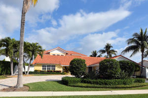 独户住宅 为 销售 在 619 Pilot Road North Palm Beach, Florida 33408 United States